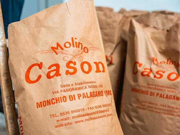 Vendita-all-ingrosso-di-farina-tipo-0-per-lunghe-lievitazioni-bologna